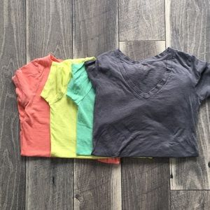 Arizona V neck tee lot